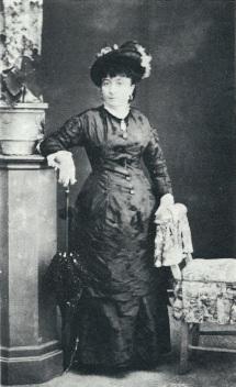 La madre Donna Rachele De Rubei