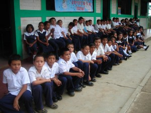 ninos de rosario de mora 2007